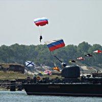 День ВМФ. Парашютист. :: Валерия Комова