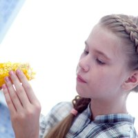 Девочка с кукурузой :: Арсений Корицкий