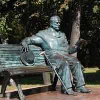 Памятник П.Чайковскому :: Александр Буянов