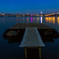 Свет вечернего города :: Denis Aksenov