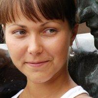 На левом плече... :: Olga Grushko