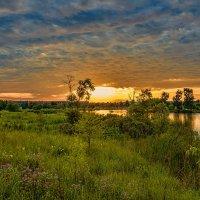 Закат у озера. :: Gene Brumer