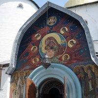 Западный портал Сбора Святой Троицы. :: Elena Izotova