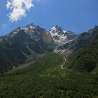 В горах :: Олег Петрушин