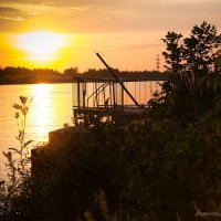 Маленькая пристань для лодки-парома :: Ирина Терентьева