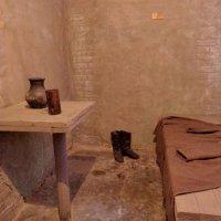 Тюремная камера в музее :: Евгений Алябьев