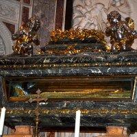 захоронение император Генрих VII. :: исаак  фингер