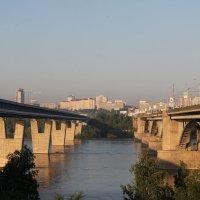 Мосты над рекой :: Наталья Золотых-Сибирская