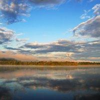 Река,туман,облака,утро. :: Владимир Михайлович Дадочкин