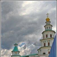 в монастыре :: Дмитрий Анцыферов