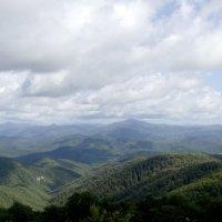 Панорама на горы Кавказа :: Владимир Клюнк