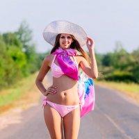 Девушка в бикини :: Анатолий Клепешнёв
