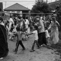 Кришнаиты и цыгане :: Татьяна Жуковская