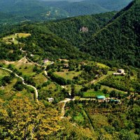 Новый Афон.Абхазия. Вид с верхней башни Анакопийской крепости. :: Юлия Шуралева