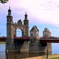 Мост королевы Луизы :: Сергей Карачин