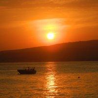 Закат на Черном море :: Сашенька)
