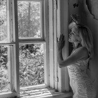 У окна... :: игорь козельцев