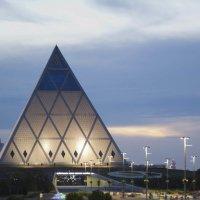 Пирамида :: Асхат Жусупов