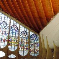 Витражи в церкви Жанны д*Арк в Руане. :: Ольга