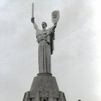"""Киев - памятник """" Родина-мать"""" :: yuri Zaitsev"""