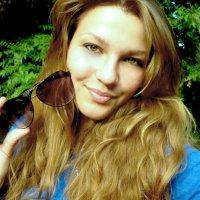 Девушка с очками :: Екатерина Мовчан