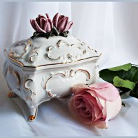 Старинная шкатулка. :: Валерия Комова