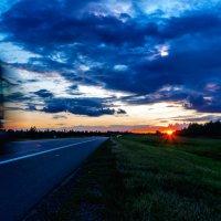 Закат над трассой Витебск-Полоцк. 02. :: Анатолий Клепешнёв