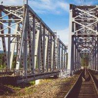 Железнодорожный мост :: Роман