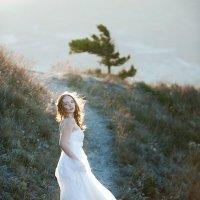 Невеста в горах :: Антон Неупокоев
