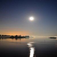 Ночь на Каме :: Валерий Рыжов