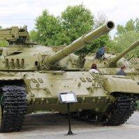 не настаящий танк :: Эрик