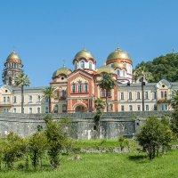 АБХАЗИЯ_Новоафонский Симоно-Кананитский мужской монастырь :: Андрей ЕВСЕЕВ