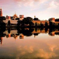 Новодевичий монастырь :: Александр Одношевный