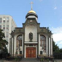 Храм-часовня Казанской иконы Божией Матери на Калужской площади :: Александр Качалин