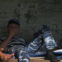 Тяжелый мужской  труд-3 :: Андрей Божьев