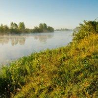 Дымка над речкой. :: Виктор Евстратов