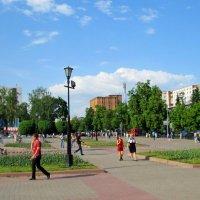 Курск, Театральная площадь :: Геннадий Храмцов