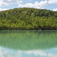 Голубое озеро. :: Елена Лобанова