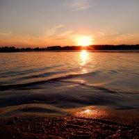 Песок, вода и солнце. :: Hаталья Беклова