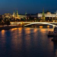 Вечерний Кремль :: Sergey L