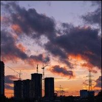 1001 закат в Северном Чертаново :: Ренат Менаждинов