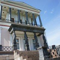 Дворец Бельведер в Луговом парке Петергофа :: Елена Павлова (Смолова)