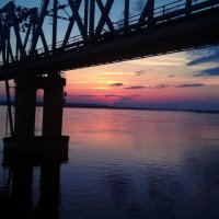 проплываем под мостом рано утром :: Виктория Киреева