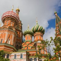 Подпирая небо куполами... :: Елена Миронова