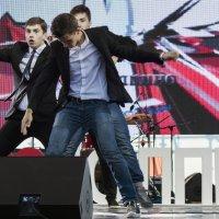 Финал конкурса по танцам (Колпино 06.09.2014) :: Илья Кузнецов