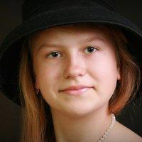 Девочка в шляпе :: Римма Алеева