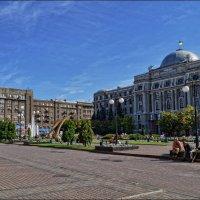 Привокзальная площадь Харькова :: Татьяна Кретова