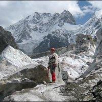 На леднике Кундюм-Мижирги. :: Ирина Нафаня