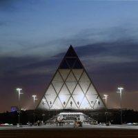 Пирамида. :: Асхат Жусупов