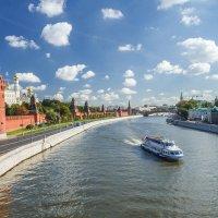 Набережная Москвы-реки :: Екатерина Рябцева